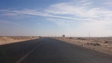 Photo of إغلاق الطريق الصحراوي الشرقي القديم جنوب كمين زاوية الجدامى بالمنيا
