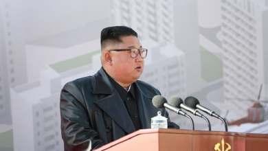 Photo of وسائل إعلام: زعيم كوريا الشمالية يظهر علنا لأول مرة منذ 20 يوما