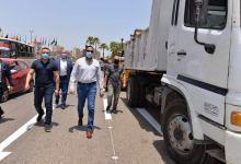 Photo of محافظ الدقهلية يوزع 8 سيارات مكنسية على الوحدات المحلية ضمن تطوير منظومة النظافة