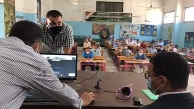 Photo of تعليم القليوبية: السماح للطالب باستخدام المطهرات الخاصة به ومنع اي كمامة غير الموزعة عليه داخل اللجنة
