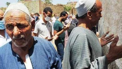 Photo of بالصور دفن جثمان الدكتور محمد مشالى طبيب الغلابه بمسقط رأسه في البحيرة
