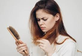 Photo of احمي شعرك من التساقط خلال تغير الفصول