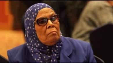Photo of أستاذة العقيدة والفلسفة بجامعة الأزهر تجيز زواج المسلمة من غير المسلم