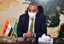 Photo of الأنصاري يخفض عدد العاملين بالمصالح الحكومية بالفيوم