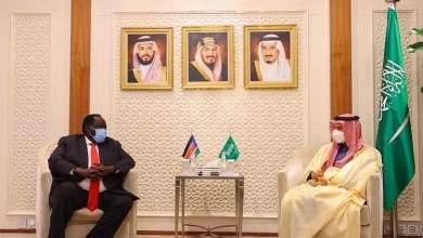 Photo of وزير الخارجية السعودى يستقبل مستشار رئيس جمهورية جنوب السودان للأمن