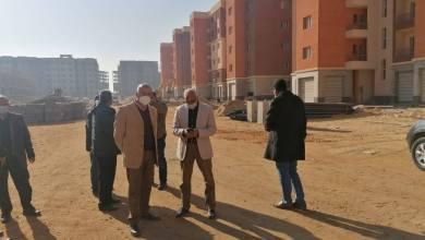 """Photo of عبدالعزيز يقوم بجولة تفقدية لمتابعة سير العمل بمشروع عمارات """"السلام"""""""