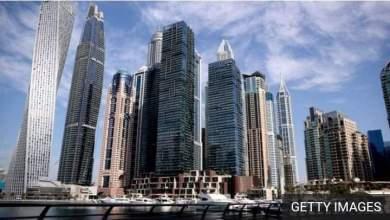 """Photo of """"دبي"""" ترحل 13 سائحا أجنبيا بسبب صور عارية في شرفة…تفاصيل"""
