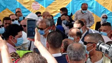 Photo of وزير التنمية المحلية ومحافظ القليوبية يتفقدان مدرسة العوام الثانوية بكفر طحا