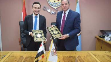 Photo of رئيس جامعة سوهاج يوقع مذكرة تفاهم مع الاتحاد المصري لطلاب الصيدلة