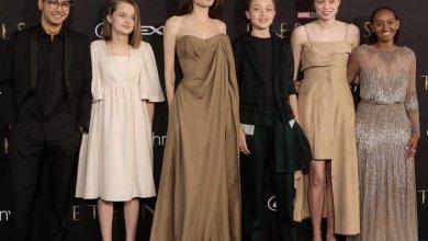 """Photo of أنجلينا جولي برفقة أبنائها في العرض الخاص لفيلم """"Eternals"""""""