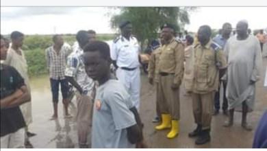 مواطنون يثمنون دور شرطة الدفاع المدني والمرور في درء آثار السيول والفيضانات
