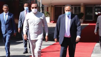 حمدوك يعود من إثيوبيا بعد مباحثات مثمرة