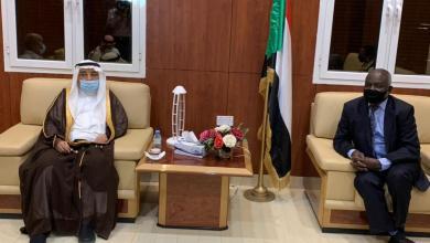 السفير السعودي يلتقي وزير المالية ويستقبل وفد جامعة السودان