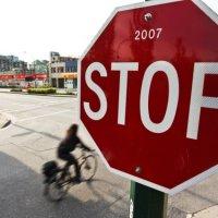 """""""stop. a vida parou ou foi o automóvel?"""""""