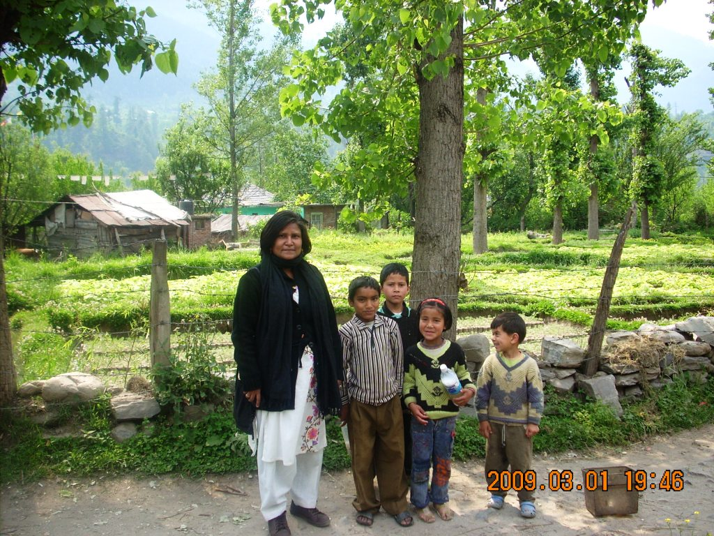 manali-children
