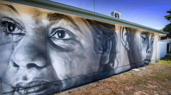 mural on Moorundi Aboriginal Community Health Service building, Raukkan, SA