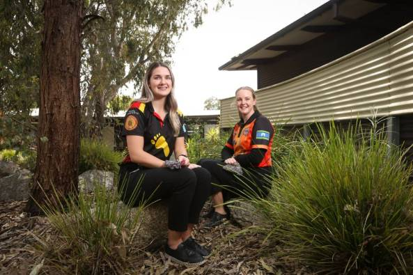 Albury Wodonga Aboriginal Health Service is seeing more Indigenous community members come forward for vaccination, with the support of Brittany Wright and Lauren Blatchford. Image credit: James Wiltshire.