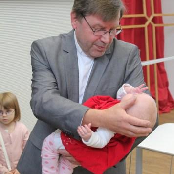 Požehnání dětí | Společenství Na Cestě Brno