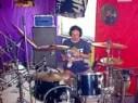 Jörg an den Drums bei Human Dust