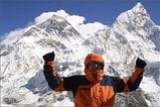 Jörg Jahn vor dem Mount Everest