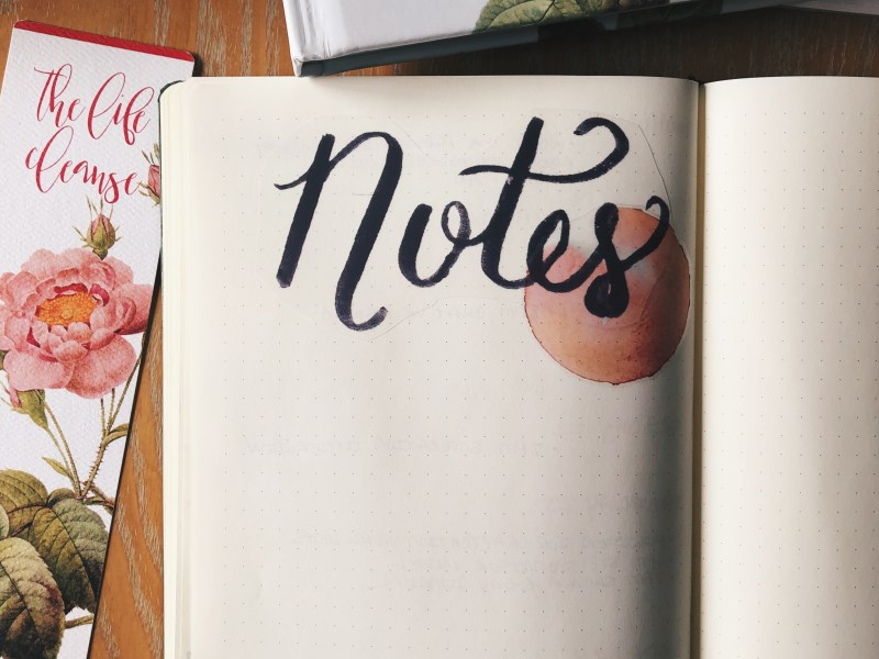 """Free Printable """"Notes"""" header sticker for your bullet journal"""