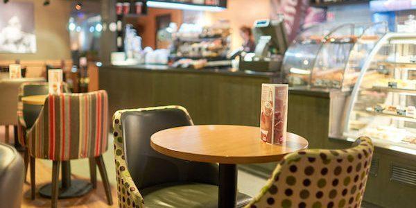 飲食店がはらむ問題~ワンオペのリスクについて考える