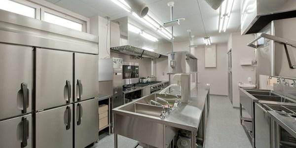 飲食店に欠かせない厨房機器の相場はどれぐらい?