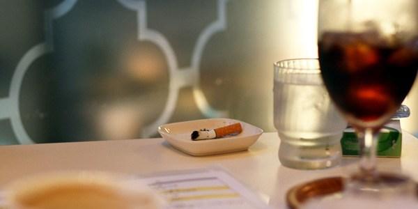 飲食店の「煙草」をどう考える?~禁煙、分煙、喫煙可