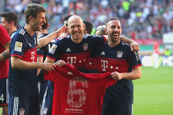 El Bayern gana, gusta y golea