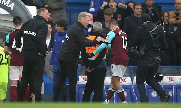 Una vez detractor de Chicharito, Moyes está fuera del West Ham