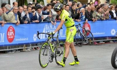 primera baja del Giro de Italia