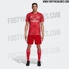 Filtran extravagante playera roja del Real Madrid