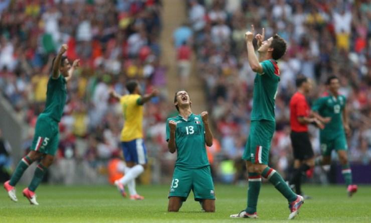Diego Reyes fichó por el Fenerbahce