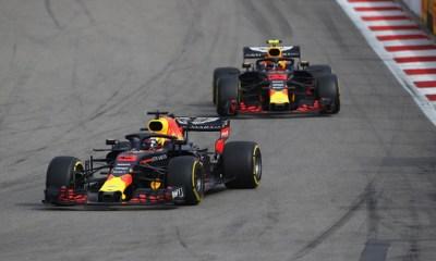 Red Bull hizo el 1-2 en la clasificación