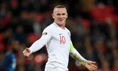 Wayne Rooney se despidió