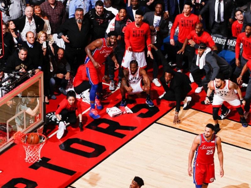 Kawhi Leonard metió a Toronto en la final
