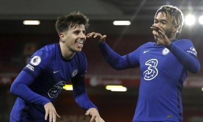 Chelsea triunfo Premier League