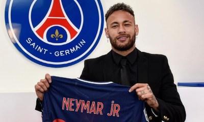 Neymar renovó contrato con el PSG