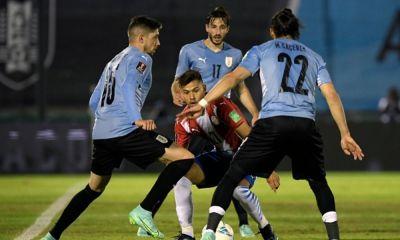 Uruguay y Paraguay empataron a ceros