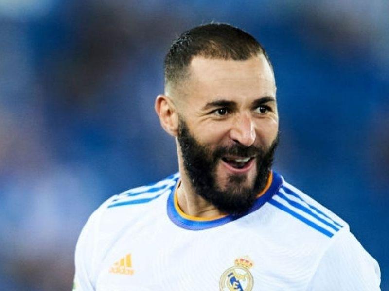 Real Madrid renovó a Benzema