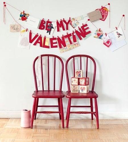 декор со стульями
