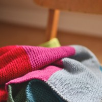 Snug and warm - Knitted baby blanket