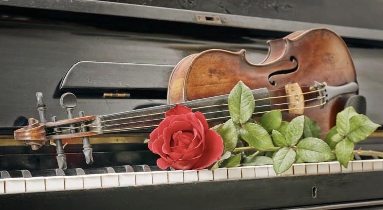 """Celebrate Women's History Month!  Clara Schumann's """"Liebst du um Schönheit"""""""