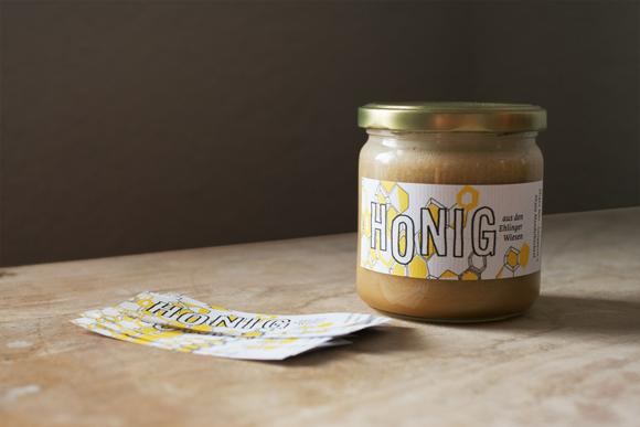 Design - Gestaltung - Honig - Etiketten - Lettering - Honigglas - Imker