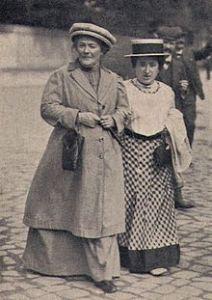 Clara Zetkin und Rosa Luxemburg 1910