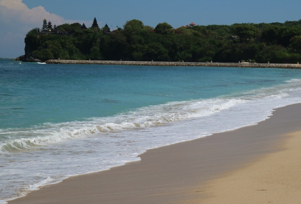 Pantai Nusa Dua Beach