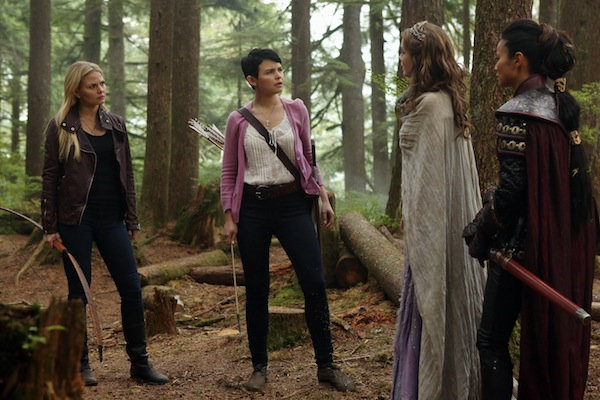08f6e-ginnifer-goodwin-jennifer-morrison-sarah-bolger-and-jamie-chung-in-once-upon-a-time-episode-2-08-into-the-deep-3