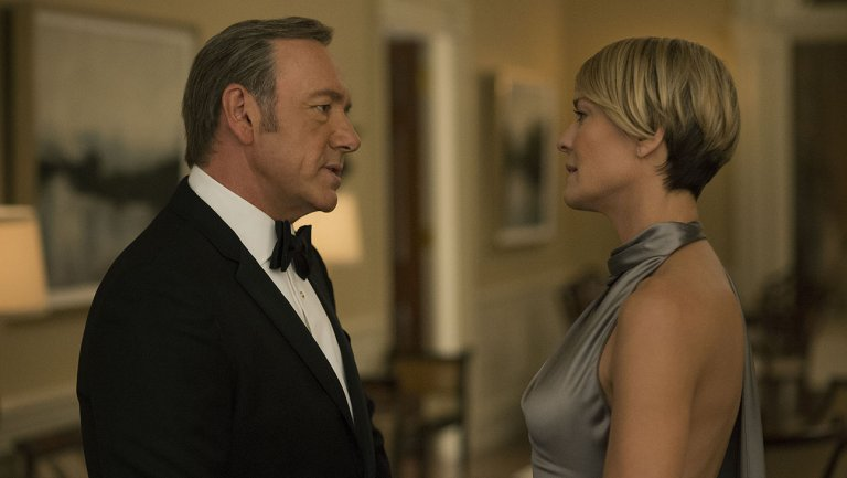 5470e-house_of_cards_kevin_spacey_robin_wright_still