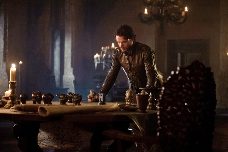33383-game-of-thrones-season-3-episode-5-richard-madden