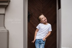 Портрет мальчика, показывающего язык в Вецриге